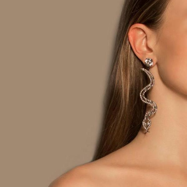 Joomi Lim Vicious Cobraa Crystal Earrings - Hematite/Crystal