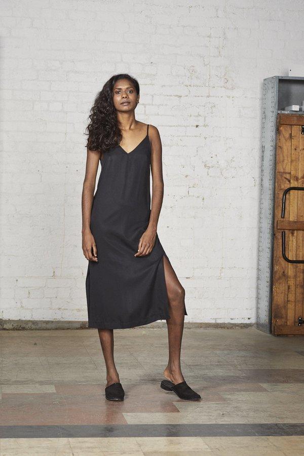 Lois Hazel Straight Dress - Black