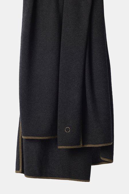 Oyuna Toscani Versatile Framed Cashmere Throw - Charcoal