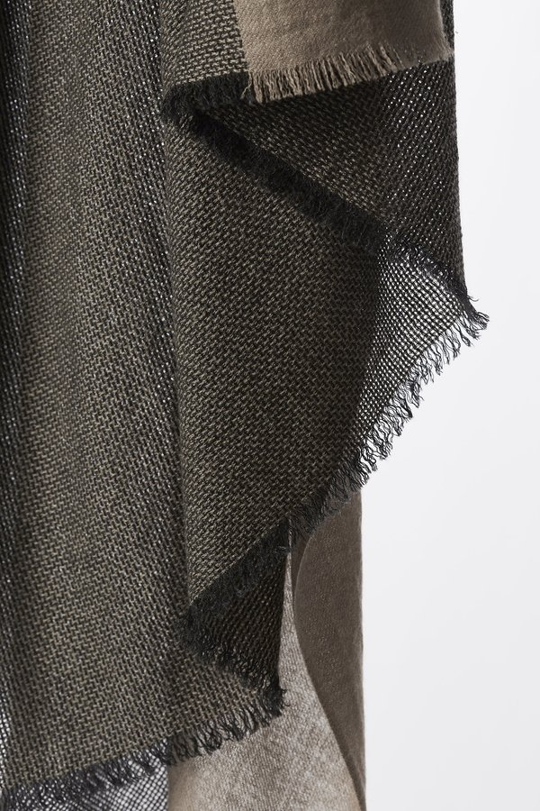Oyuna Ete Finely Woven Basket Weave Cashmere Throw - Charcoal/Taupe