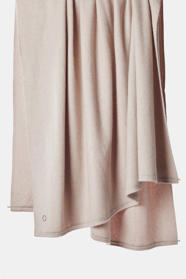 Oyuna Sabra Classic Woven Contrast Border Cashmere Throw - Blush