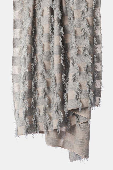 Oyuna Seren Knitted Hand Cut Fringed Cashmere Throw - Beige/Soft Grey