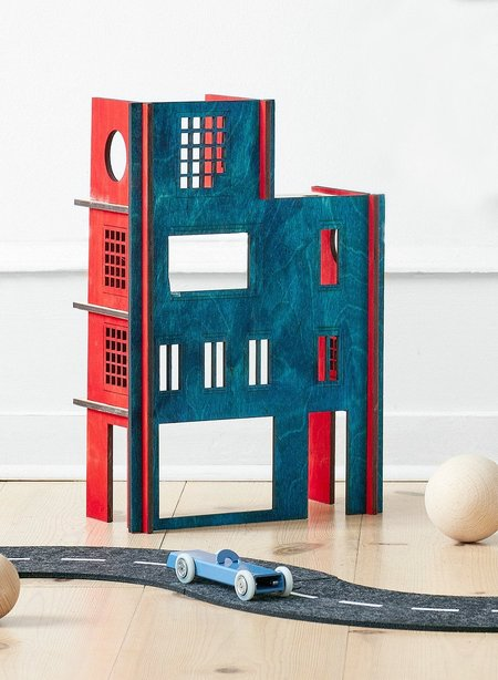 Kids Stories In Structures Frida Kahlo - Build A House