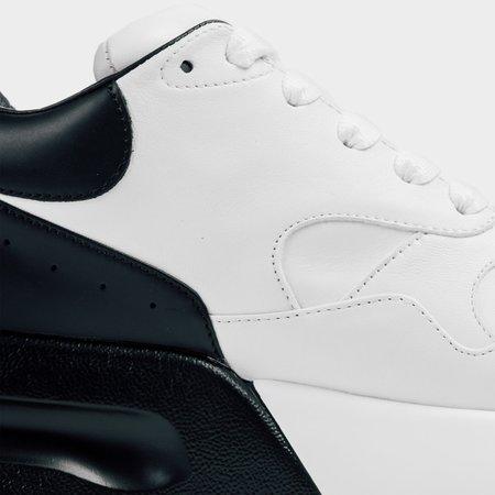 Alexander mcQueen Oversized Runner - White/Black