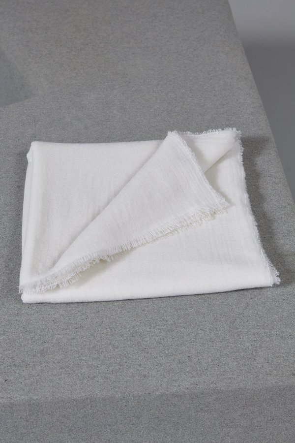 Oyuna Esra Finely Woven Light Cashmere Travel Throw - Ivory