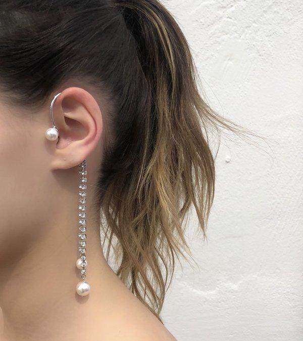 Joomi Lim Crystal and Pearl Ear Cuff - Rhodium/White