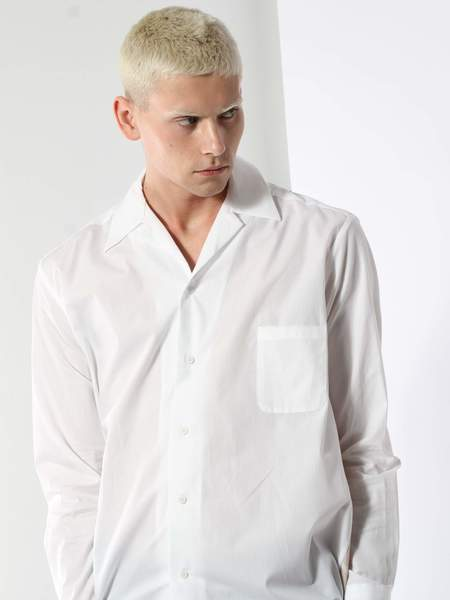 House of the Very Islands Shtowel Shirt - white