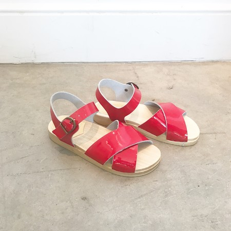 No.6 Coco Cross Front Sandal Flat - Red
