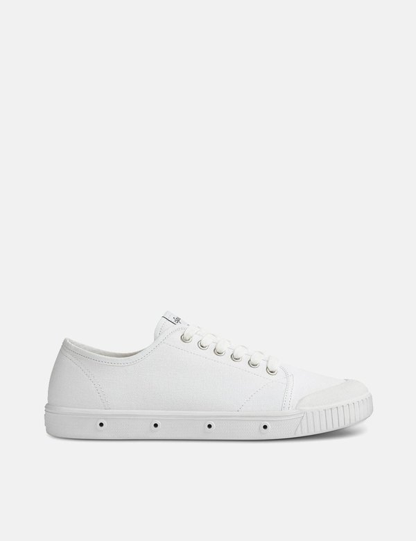 Spring Court G2 Canvas Low Trainers - White