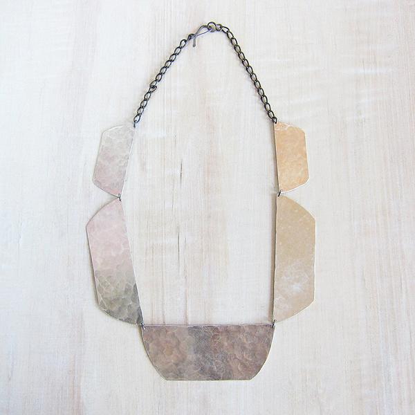 Christine Fail shale collar necklace - silver