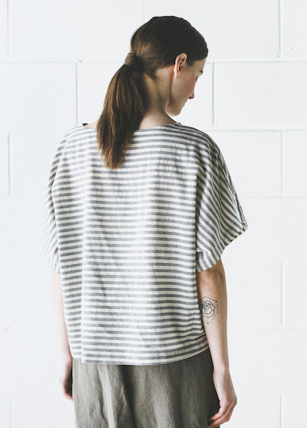 Black Crane - Linen Square Top in Thin Stripe