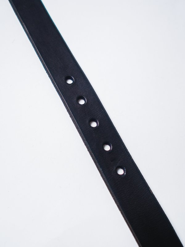 "CAUSE AND EFFECT FLAT 1 1/4"" LEATHER BELT - BLACK"