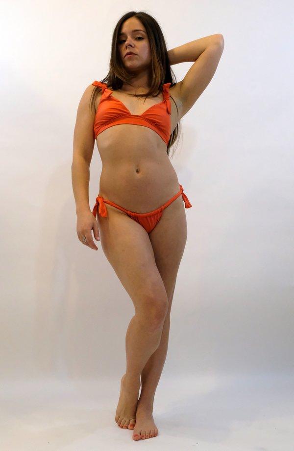 SIDWAY | The Debbie Bikini Top - Poppy