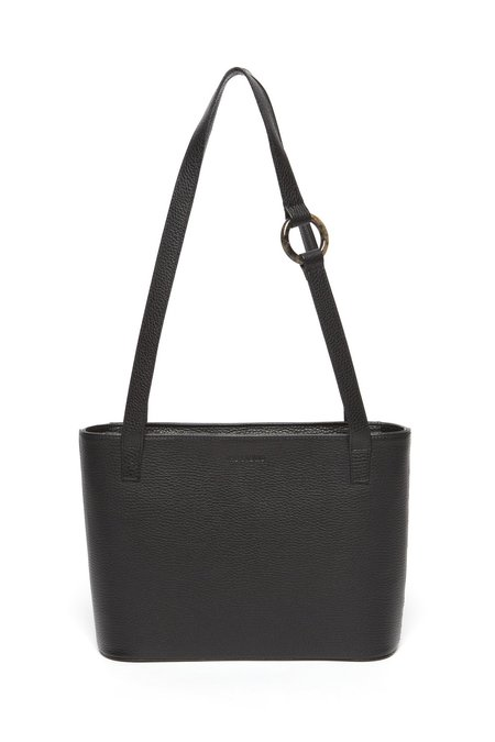 The Stowe Runa Bag - Black Pebbled