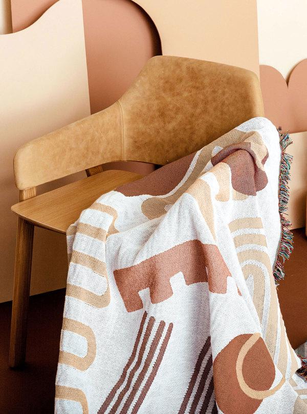 San Junipero Formation Throw Blanket