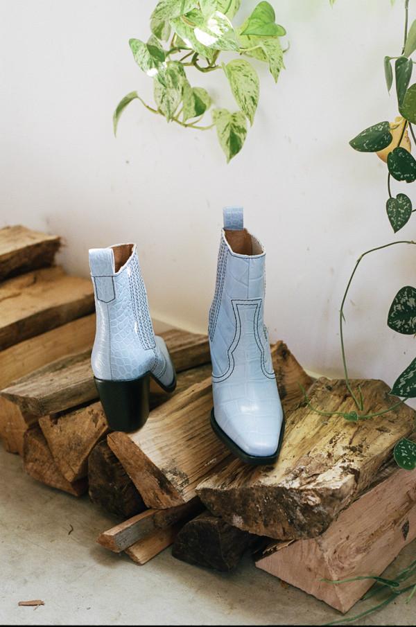 00c93ee8fd9 Ganni CALLIE BOOTS - HEATHER BLUE