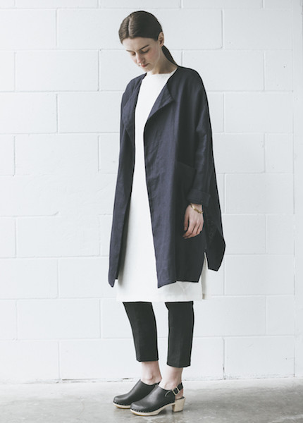 Sunja Link Collarless Coat in Navy