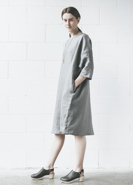 Sunja Link Pullover Dress in Smoke