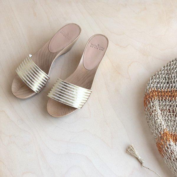 Kin and Kind Wood Sandal - Gold