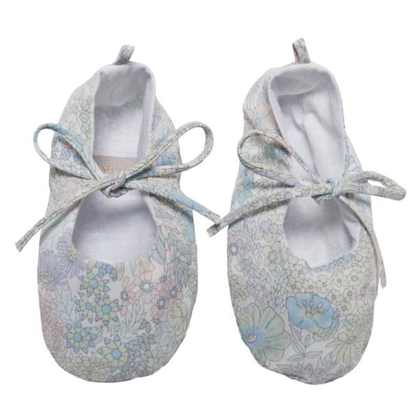 KIDS Makié Remi Newborn Shoes - Blue/Green Floral Print