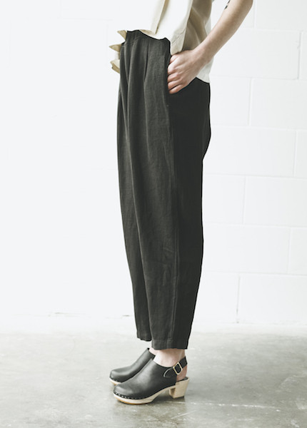 Black Crane Carpenter Pant in Black