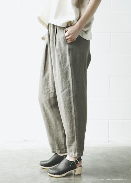 Black Crane Carpenter Pant in Grey