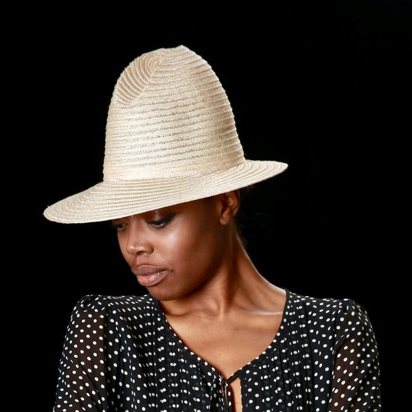 Esenshel PEAK OFF-CENTERED CROWN HAT