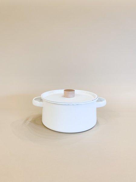 kaico enamel sauce pan with lid (2.6 liter) - White