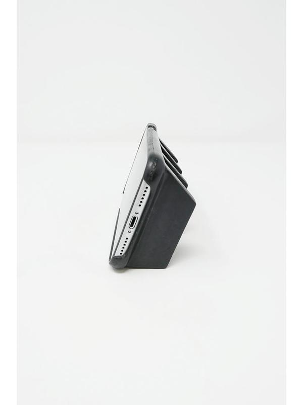Kame Geta iPhone XR Case - Carbon