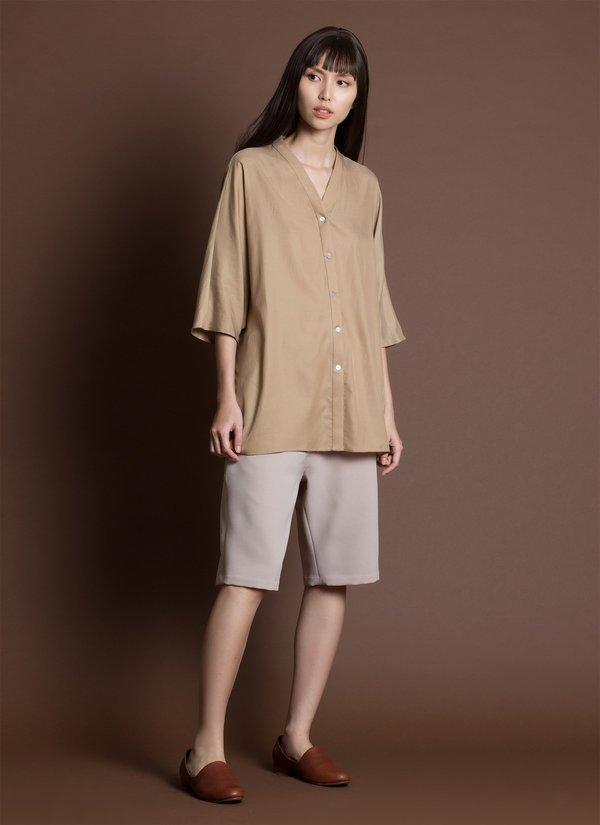 KAAREM San Relaxed Knee-Length Pocket Short - Cream