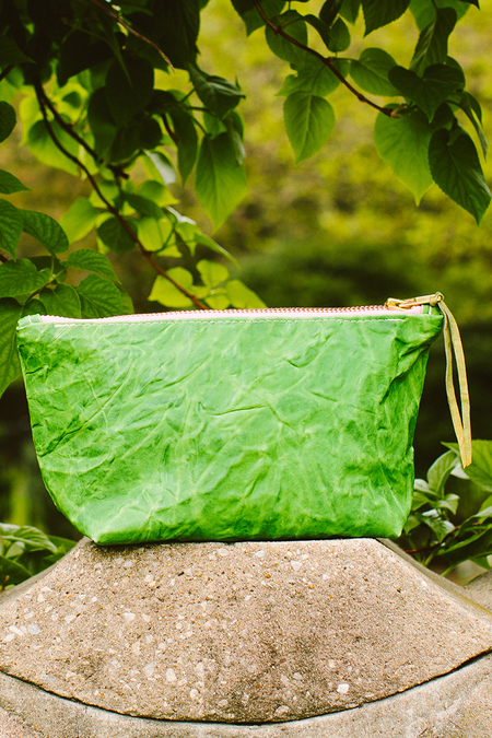 Totem Leather Clutch - GREEN