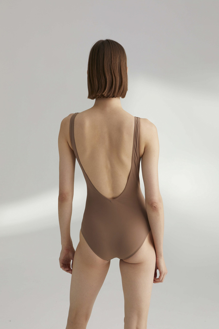 TOTÊME Sondrio Gathered Front Bathing Suit - Nougat