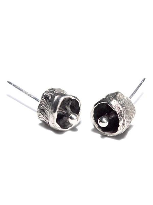 KIRSTEN MEUNSTER Bell Pod Earrings