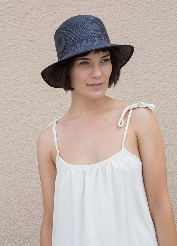 Brookes Boswell Bucket Hat - Black