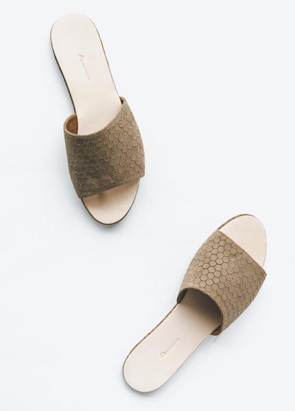 The Palatines - Caelum Slide Sandal in Bark Hex
