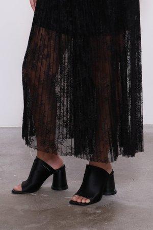 MM6 by Maison Margiela  Lace Culotte Pants - Black