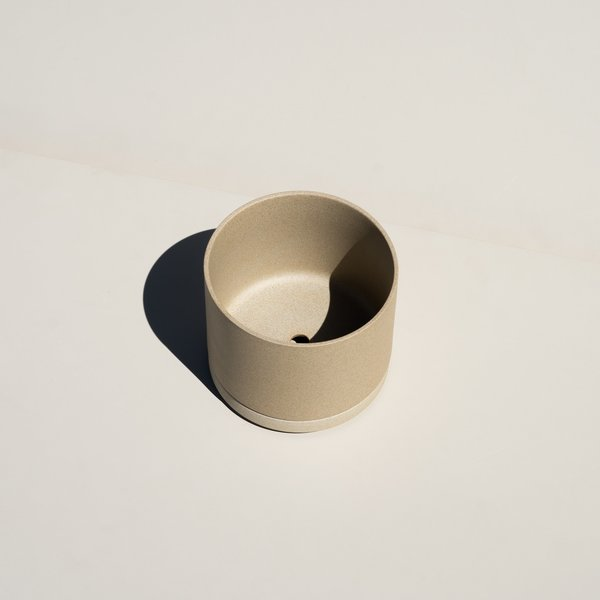Hasami Porcelain Planter & Saucer - Natural