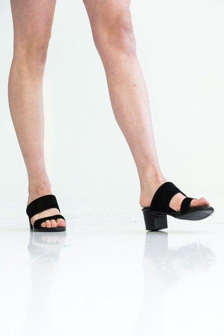 Hopp Two Strap Sandal - Black