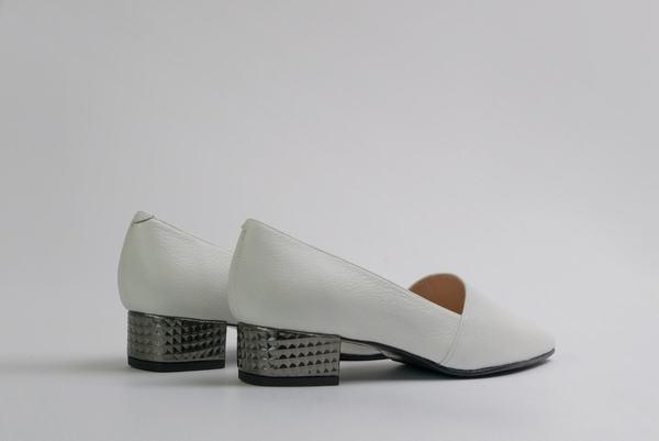 5yMedio Fabi - White