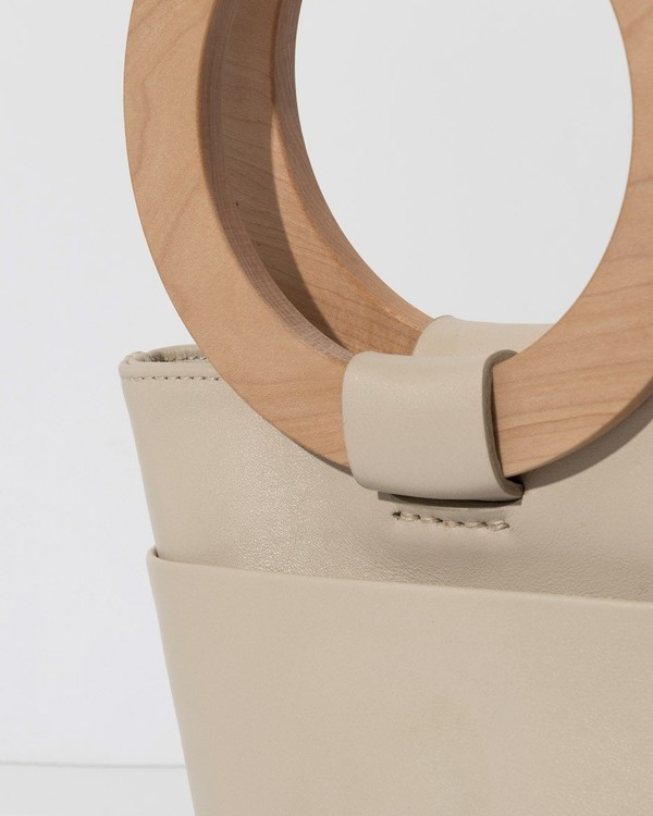 MODERN WEAVING Circle Bucket Bag - Putty