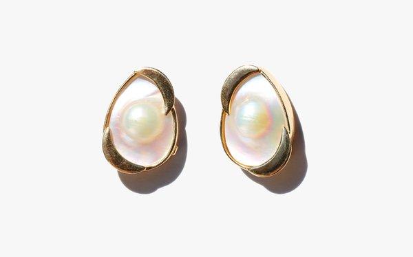 Kindred Black Gaea Earrings - 14k Gold/Pearl