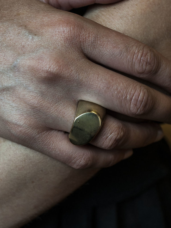 F O L D Pod Ring - BRASS
