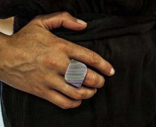 F O L D Agate Ring - Ice Blue/Violet