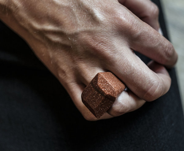 F O L D Stone ring - Gold