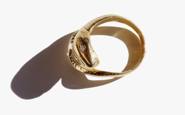 Kindred Black Rebirth Ring - 18k Gold