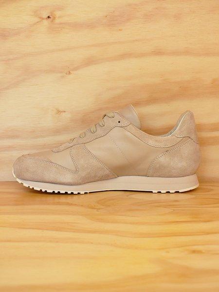 Les Basics x Novesta le running shoe - Stone