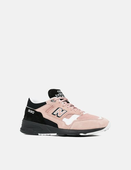 New Balance (M1530SVS) Trainers - Pink/Black/White