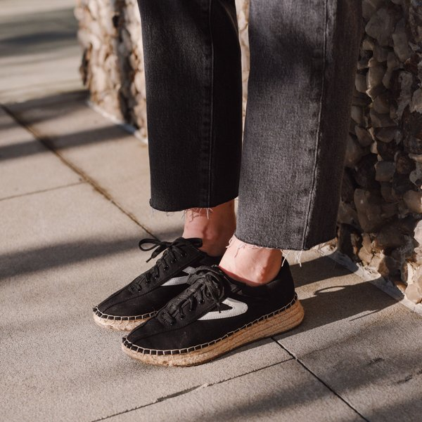 Tretorn Nave Sneaker - Black | Garmentory