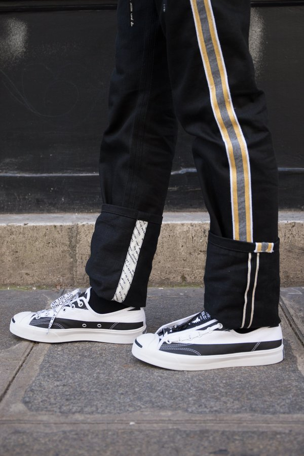 Soloist. Converse Jack Purcell Zip Low