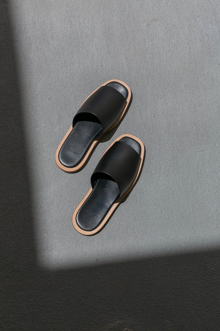 BUILDING BLOCK ISSEI SLIDE - BLACK